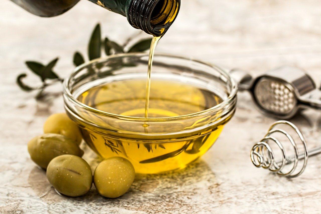 Crecer las pestañas con aceite de oliva