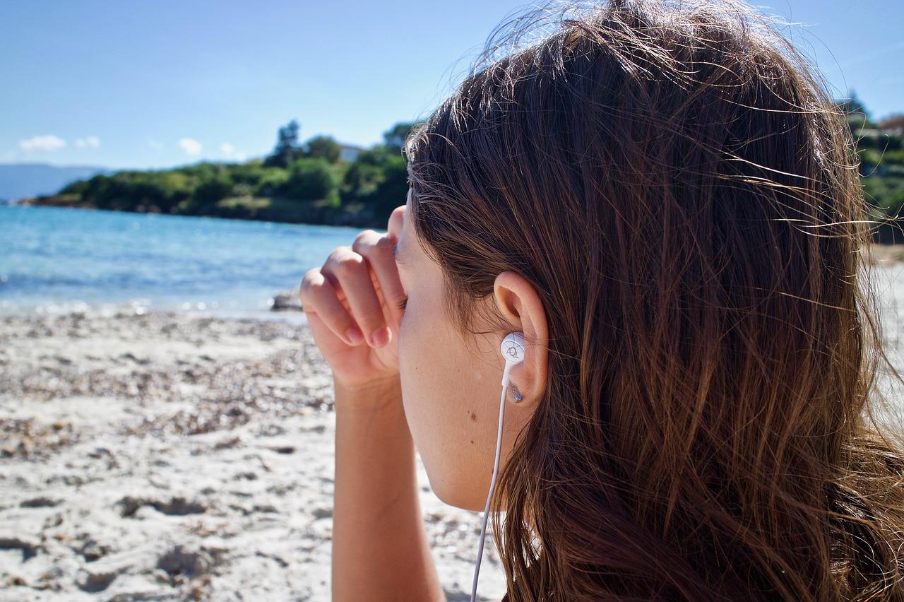 Escuchar música triste