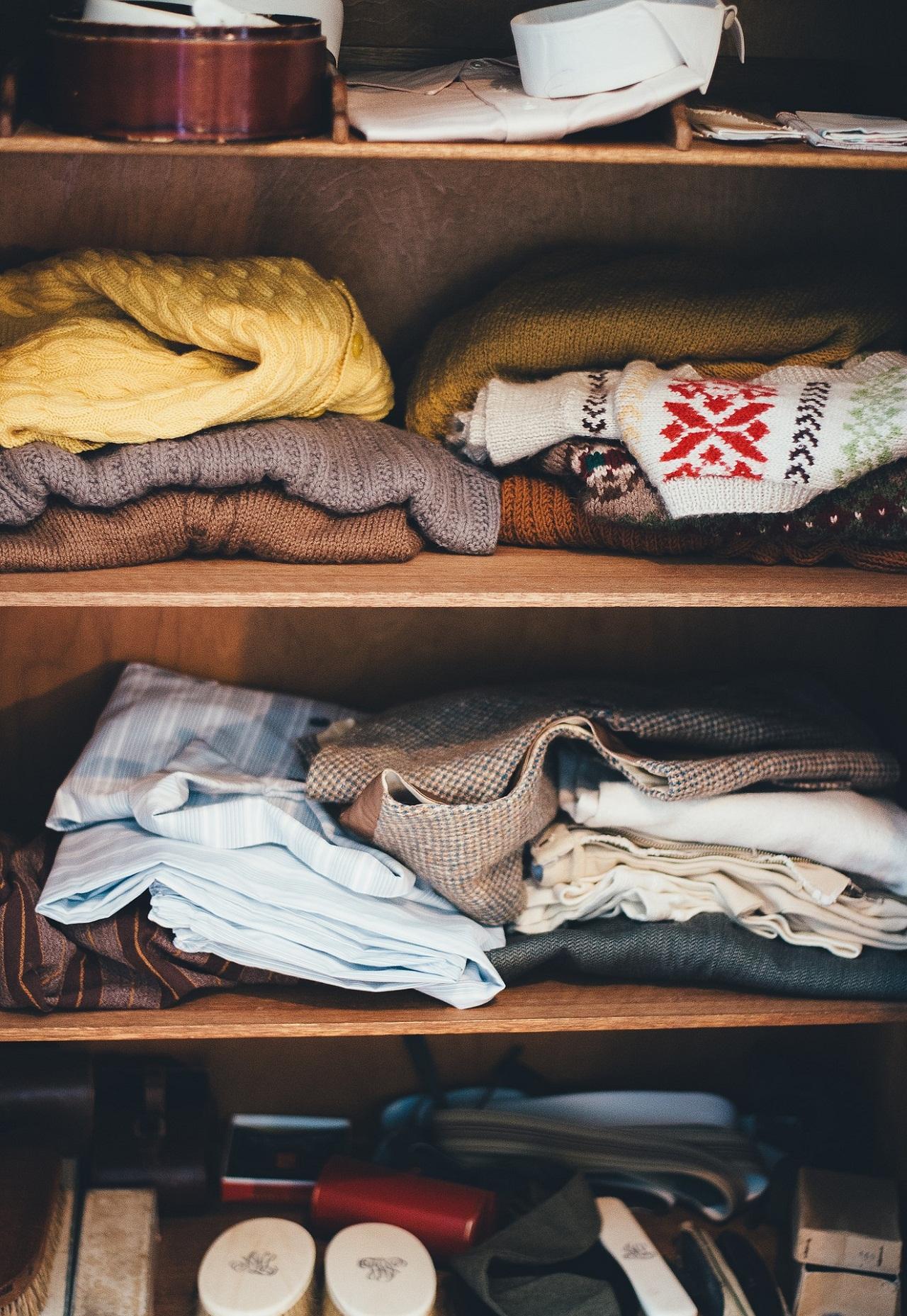 Mucha ropa en poco espacio